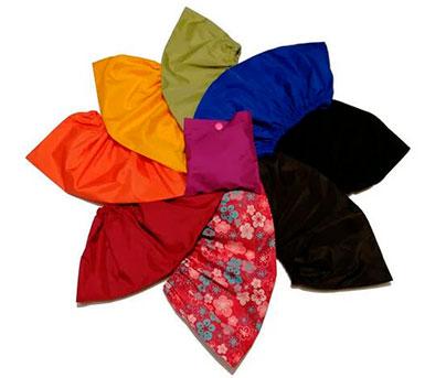 разноцветные многоразовые бахилы