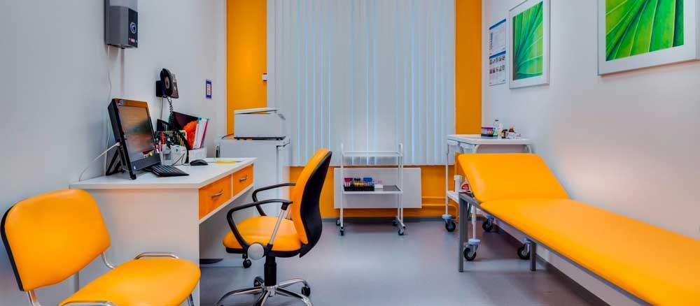 Комплексное оснащение медпунктов на предприятии и в гостиницах